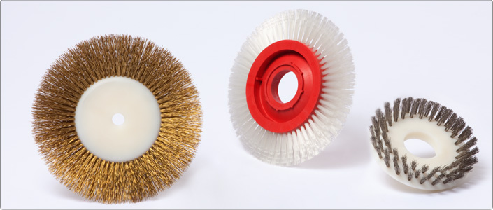 Gutmann Pin and clip-cleaning brushes